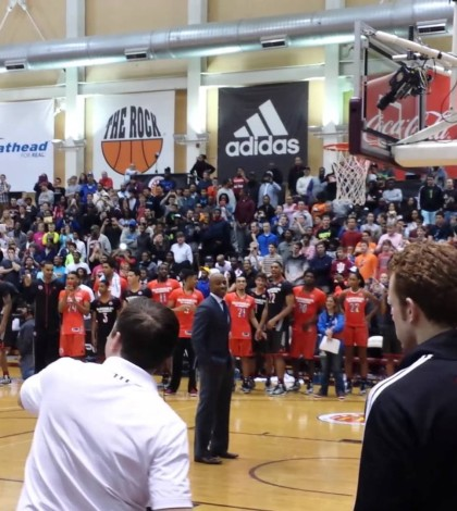 WATCH: UNC commit Theo Pinson jumps over former Duke guard Jay Williams in dunk competition